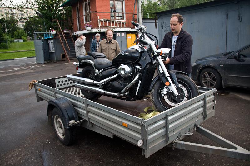 Прицеп бортовой в качестве средства для транспортировки мотоцикла