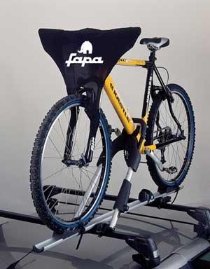 Перевозка велосипеда на крыше авто